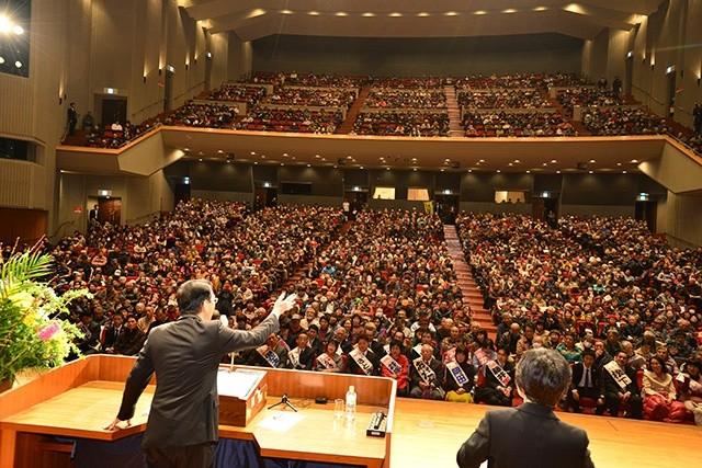 山下書記局長を迎え、演説会開催