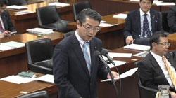 東電任せの政府を批判