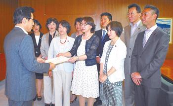 平和都市宣言札幌と安倍政権の戦争する国づくり(空色日記 6月7日)