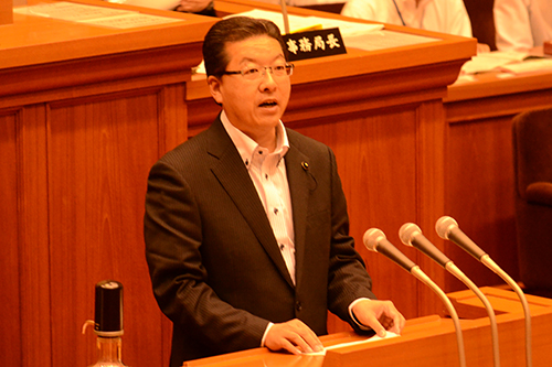 再稼働中止を求める請願採択を/日本共産党の田中県議が賛成討論
