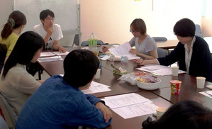 参院選で改憲派少数に 民青県委員会が「憲法カフェ」